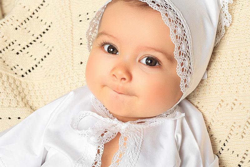 Шапки, чепчики, панамки - что надо знать о детских головных уборах?